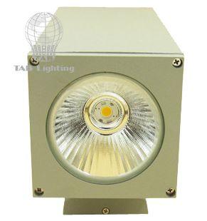 Đèn gắn tường chiếu sáng 2 đầu LED DT03